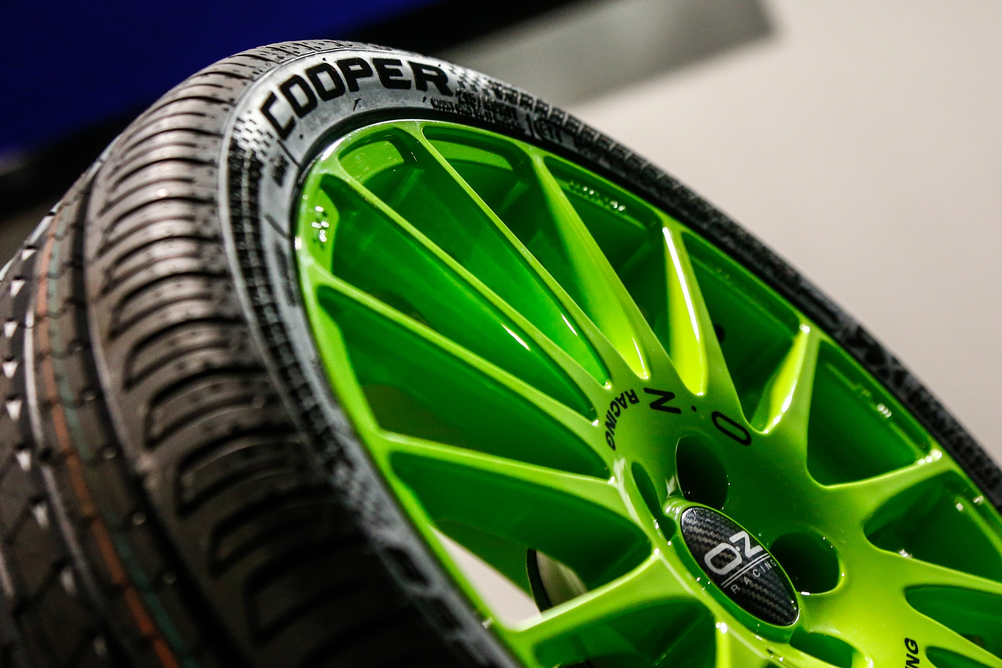 Cooper Zeon CS8 World RX limited edition - LR.jpg