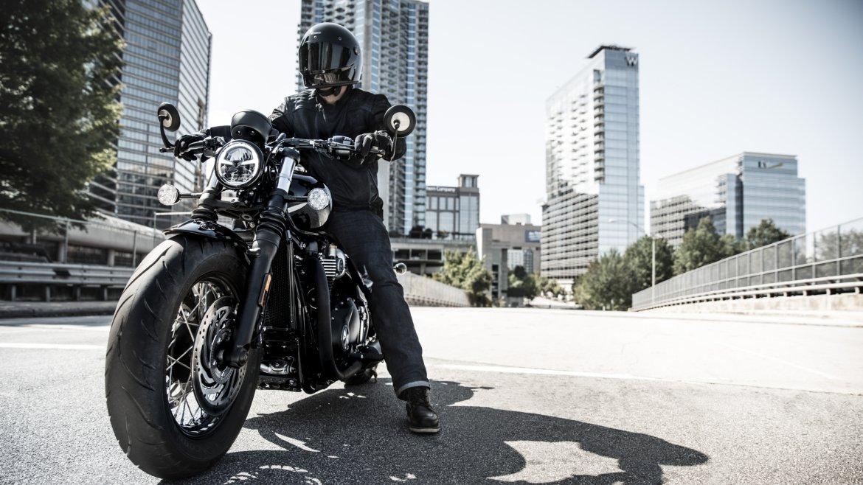 Bobber_Black_Riding.jpg